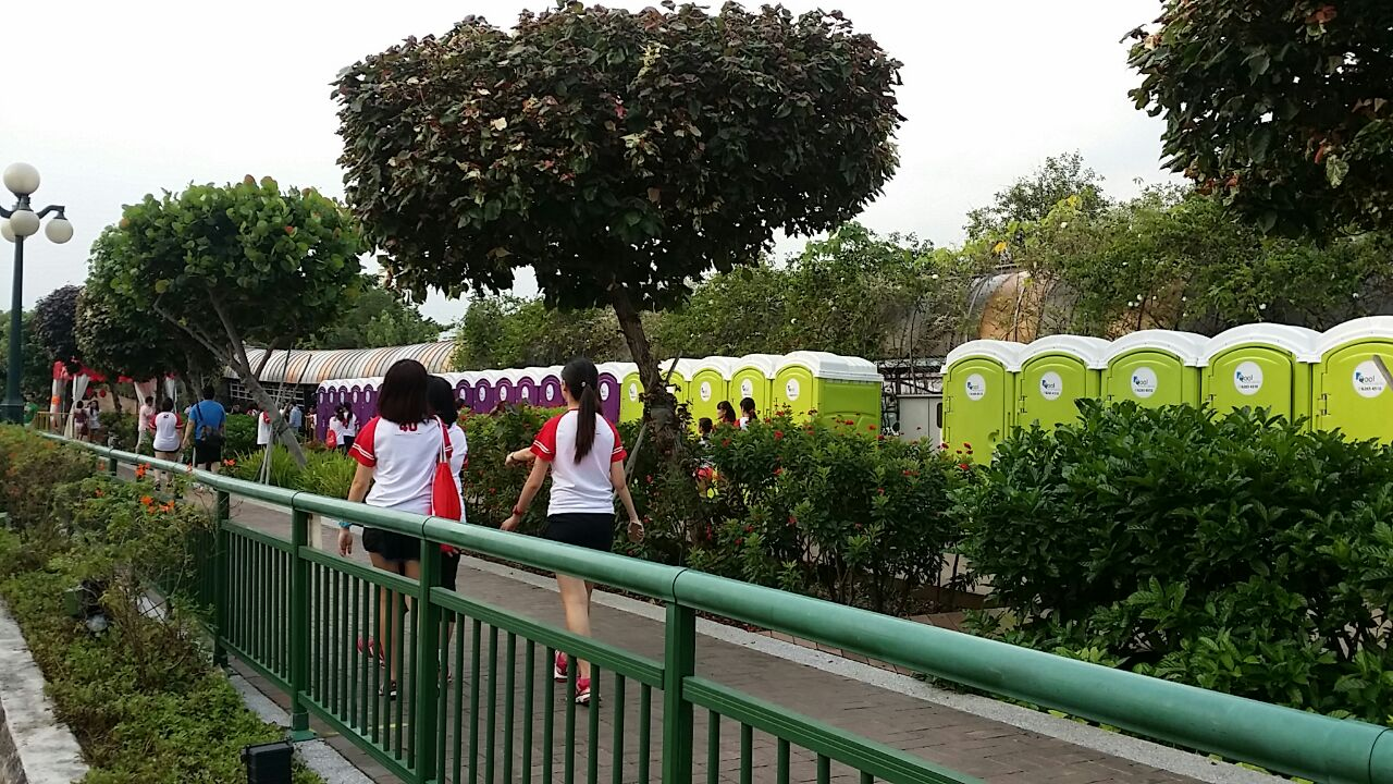 Qool Enviro portable toilet in hello kitty run