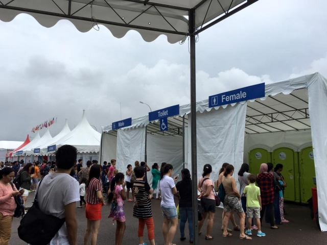 portable toilet in singapore airshow 4