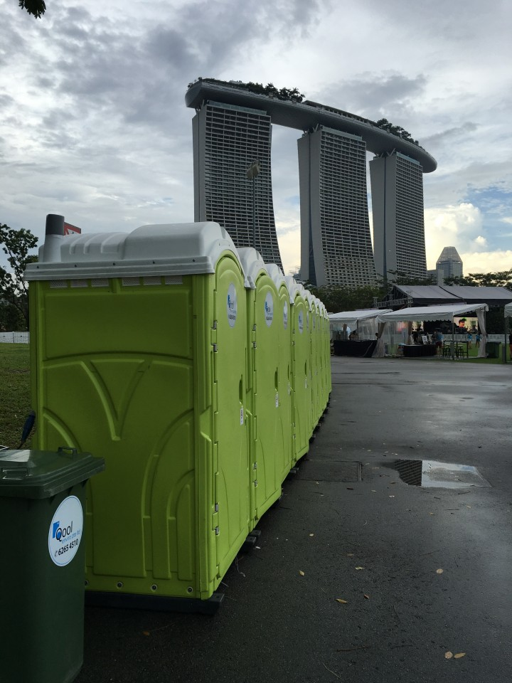 qool enviro portable toilets in bliss out 2015 3